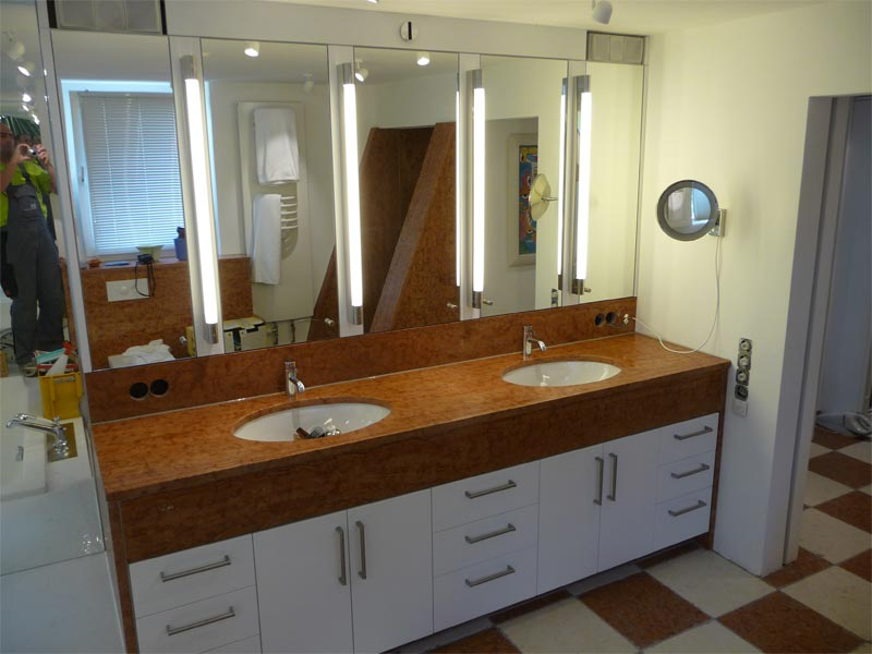 Sie sehen Bilder zu folgendem Artikel: Badezimmer Mediterran 2010